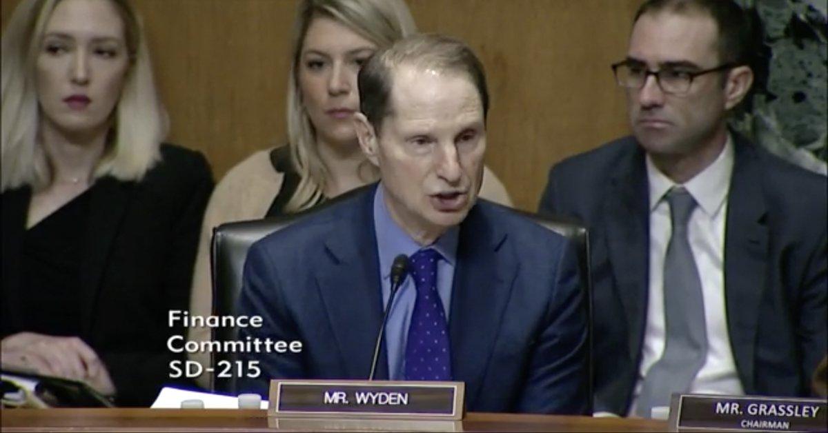 Sen Wyden at Senate Finance Hearing with HHS Sec Azar